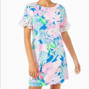 BNWT Helina T-Shirt Dress